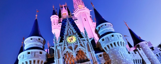 _magic-kingdom-00-full